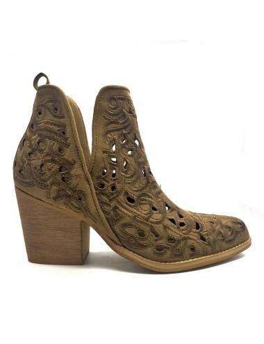 boots camel perforé