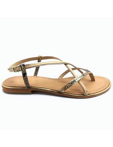 Sandale avec entre doigts...