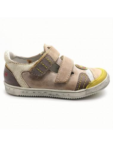 Chaussure à scratch GBB...