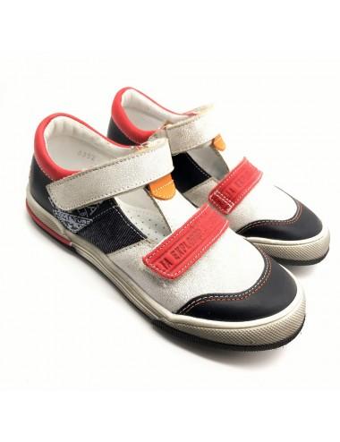 Chaussure à scratch GBB Medine