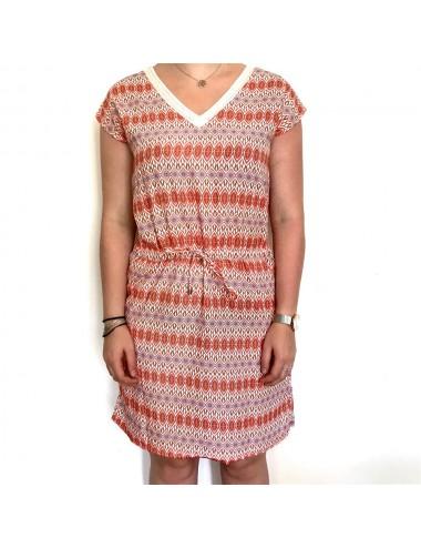 Robe à motifs orange et rouge